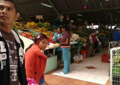 Market stall education outreach for child workers Ecuador