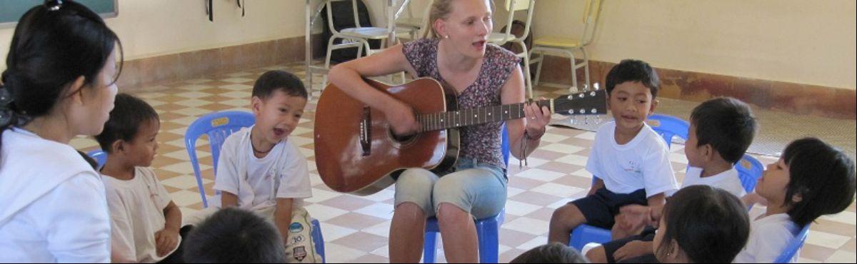 Volunteer Cambodia Music 3